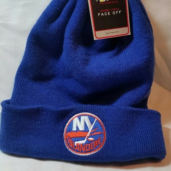arrives de7ab 4e45d REEBOK NY ISLANDERS NHL BLUE CUFFED BEANNIE HAT